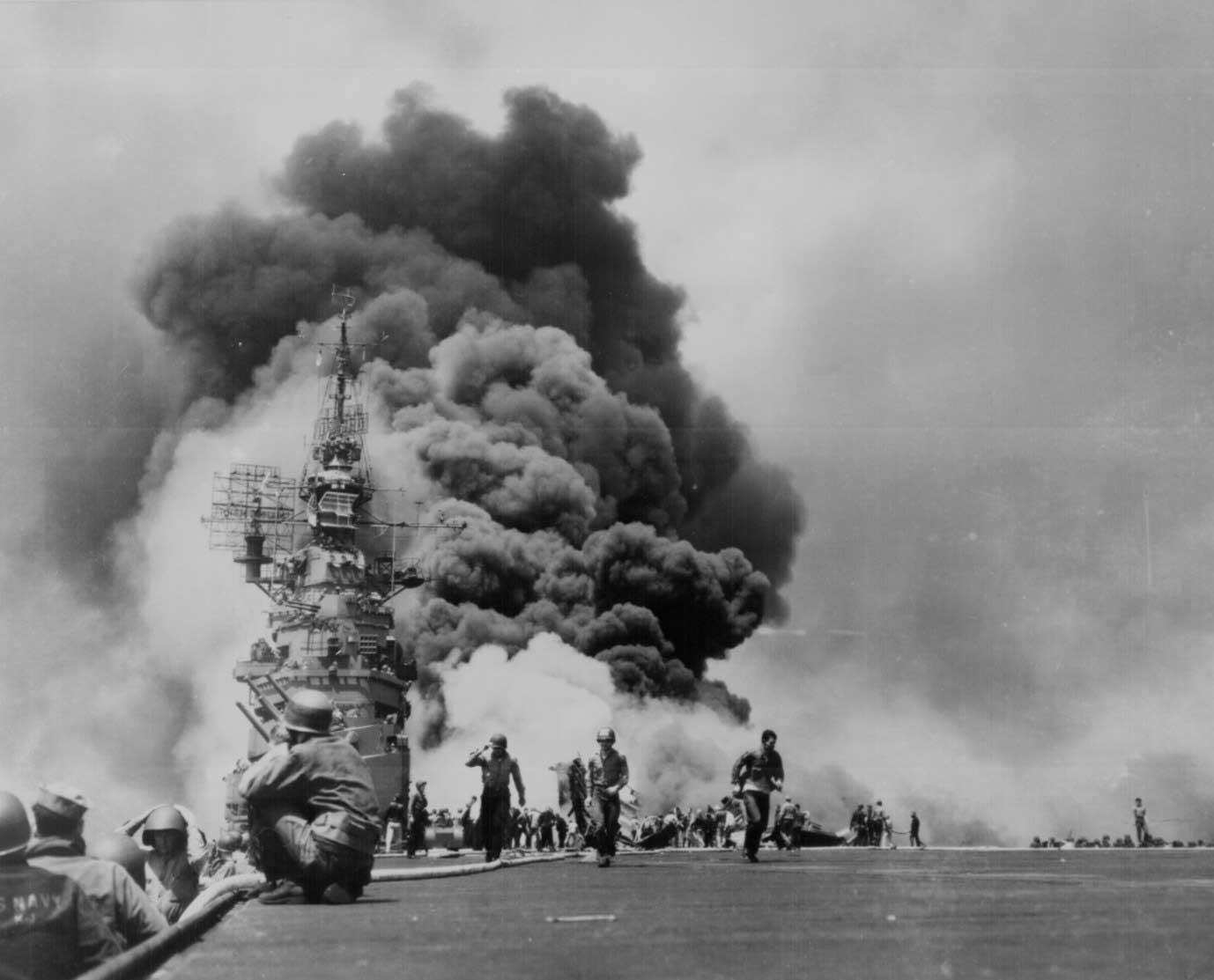Взрыв самолета камикадзе